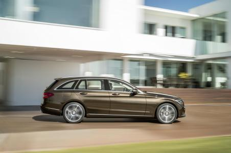 Mercedes-Benz-Clase-C-Estate-13