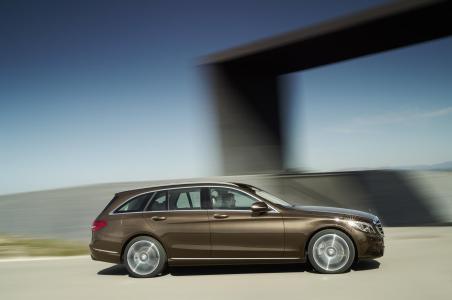 Mercedes-Benz-Clase-C-Estate-17
