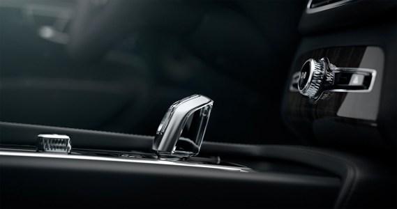 Volvo-XC90-2014-15