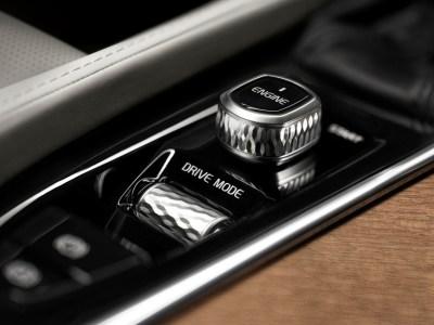 Volvo-XC90-2014-5