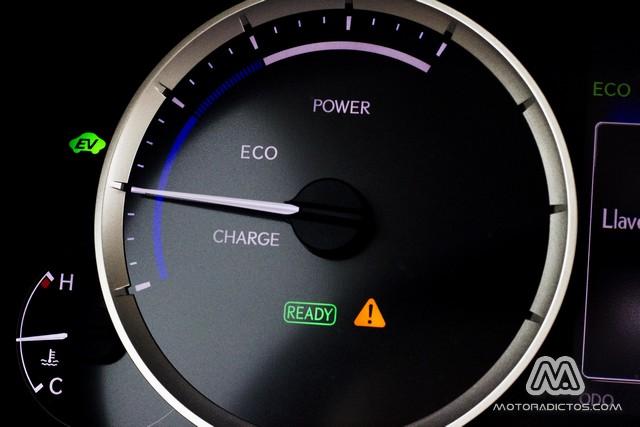 Prueba: Lexus IS 300h híbrido (equipamiento, comportamiento, conclusión) 2