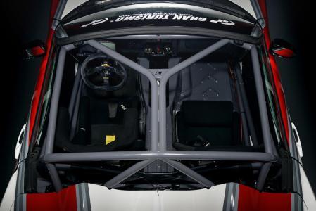 Madchen-Motoren-Opel-GT-7