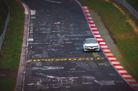 renault-megane-rs-tiempo-nurburgring-18