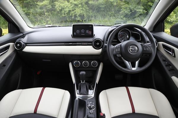 Este sería el nuevo Mazda2 (filtrado) 3