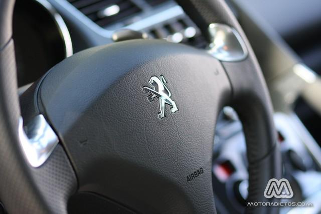 Prueba: Peugeot 3008 HYbrid4 (equipamiento, comportamiento, conclusión) 3