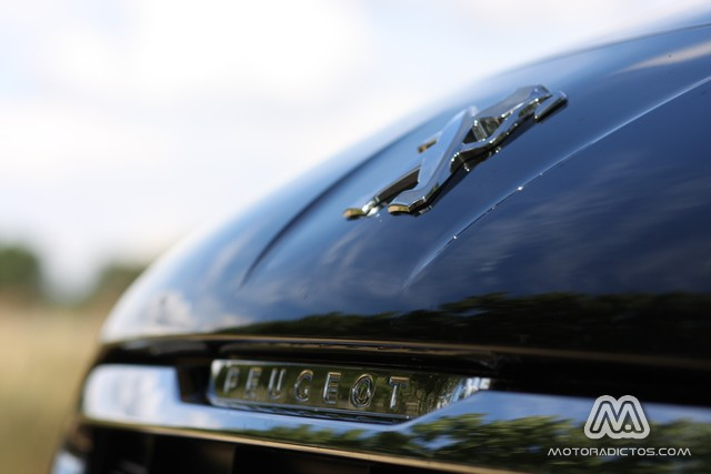 Prueba: Peugeot 3008 HYbrid4 (equipamiento, comportamiento, conclusión) 6