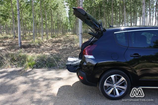 Prueba: Peugeot 3008 HYbrid4 (equipamiento, comportamiento, conclusión) 10