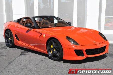 Ponen a la venta un exclusivo y raro Ferrari 599 SA Aperta