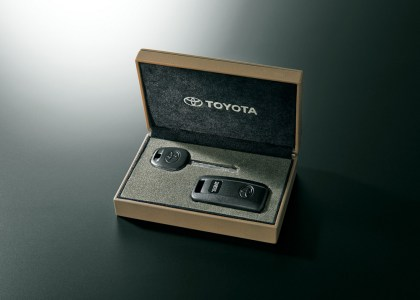 Toyota-Land-Cruiser-70-9