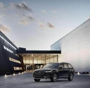 Volvo-XC90-2015-13