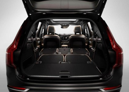Volvo-XC90-2015-5