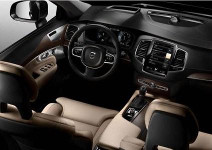 Volvo-XC90-2015-7
