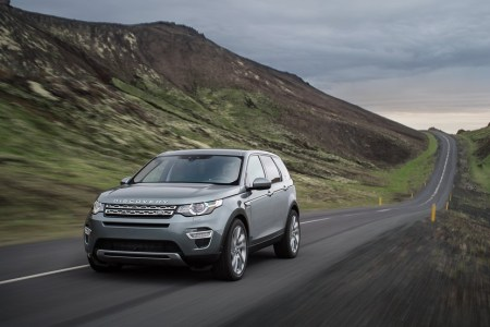 Land-Rover-Discovery-Sport-20