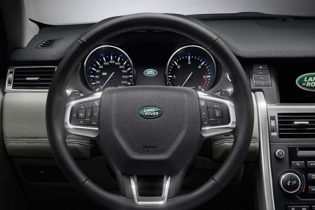 Land-Rover-Discovery-Sport-detalles-08