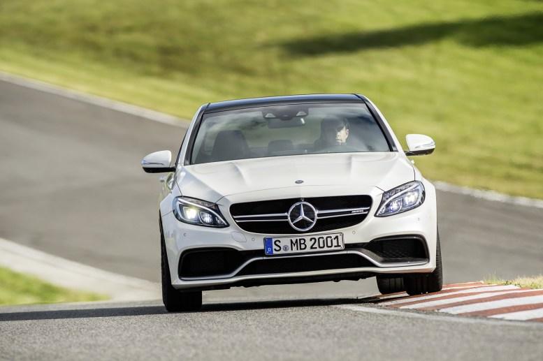 Megagalería de imágenes: Mercedes C63 AMG