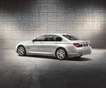 BMW-7-Hybrid-Individual-1
