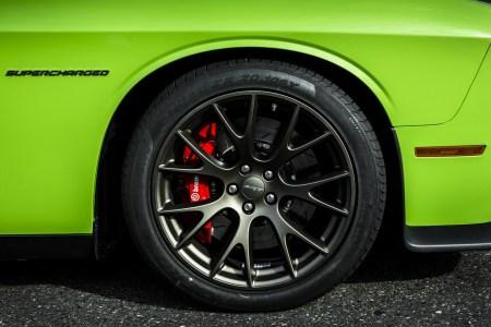 2015-Dodge-Challenger-9