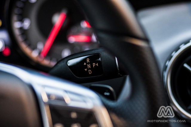 Prueba: Mercedes Benz GLA 220 CDI 4MATIC (diseño, habitáculo, mecánica) 10