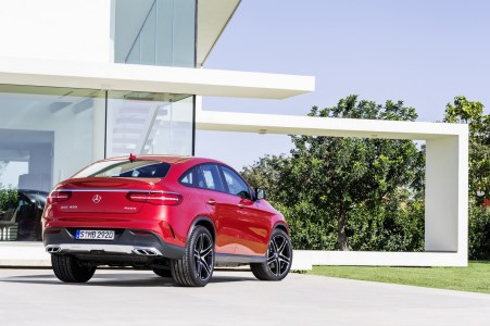 2016-Mercedes-Benz-GLE-Coupe-4