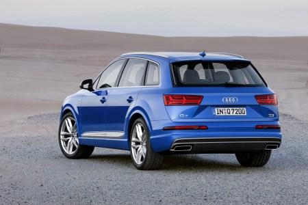 Audi-Q7-2015-1920-04