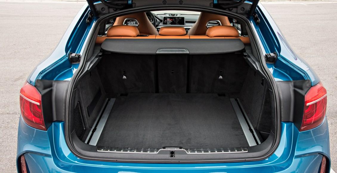 2015-BMW-X6M-143