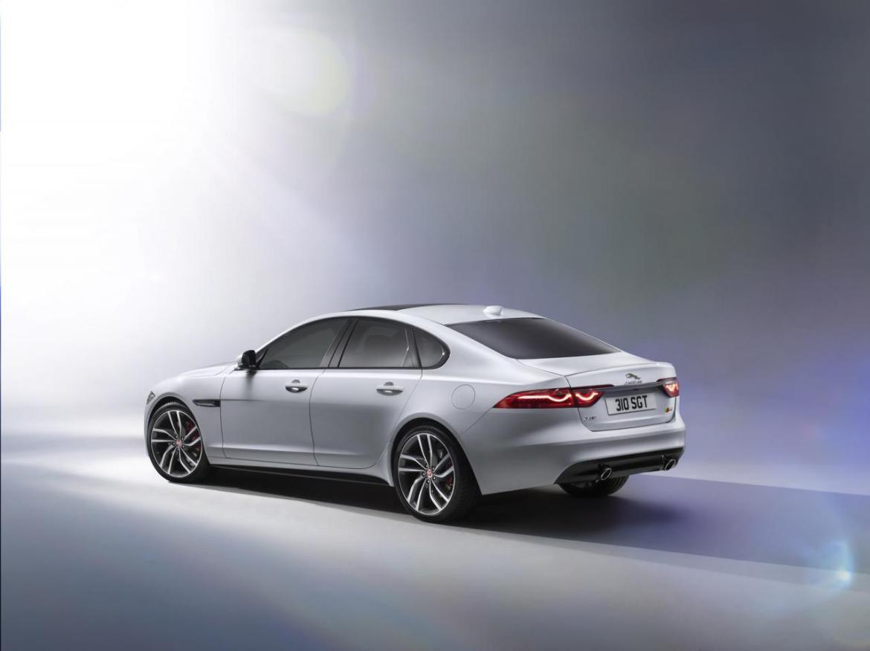 2016 Jaguar XF, información y datos oficiales 3