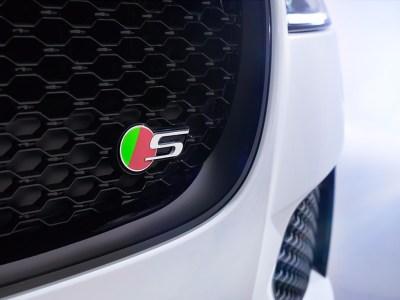 jaguar-xf-2015-201520610_14.jpg