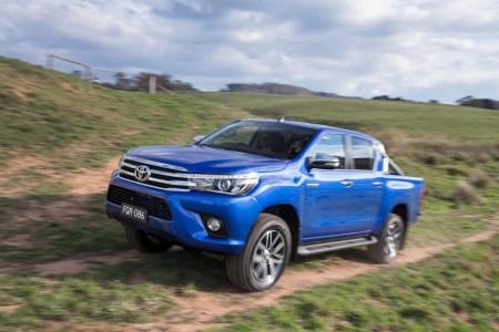 Toyota-Hilux-2016-4