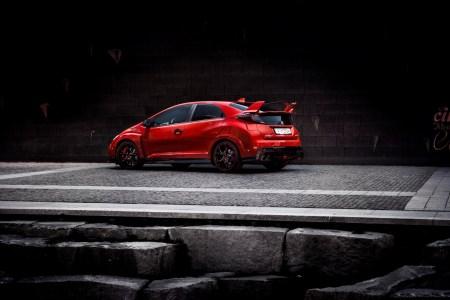2015-Honda-Civic-Type-R-3