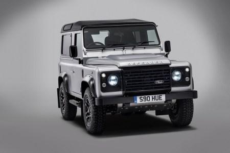 Land-Rover-Defender-2000000-4