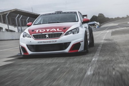 peugeot-308-racing-cup-turns-on-the-horsepower-tap-in-frankfurt-with-16-liter-turbo-mill_9