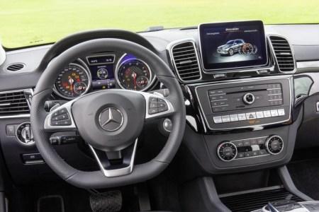 Mercedes_GLE_450_AMG_2016_7