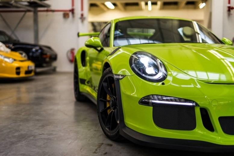 Este 911 GT3 RS ha sido retocado por Porsche Exclusive y luce así de bien