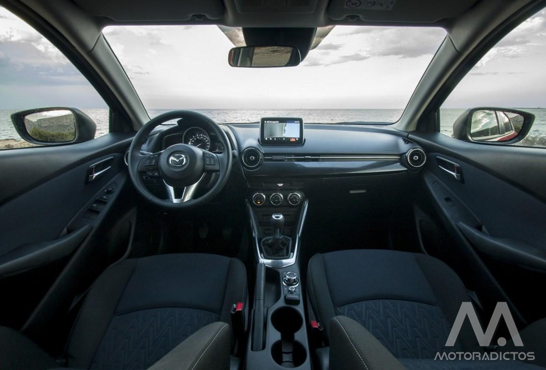 Prueba: Mazda 2 SkyActiv-G 75 CV Style+ (diseño, habitáculo, mecánica) 8