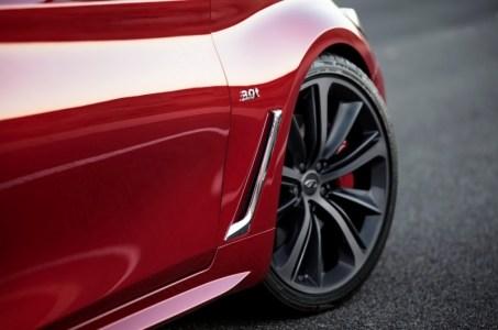 2017-Infiniti-Q60-Coupe-10