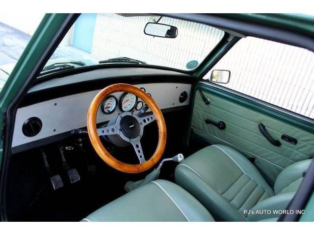 ¿Quieres un MINI de 1977 con motor Honda VTEC? Esta puede ser tu ocasión 2