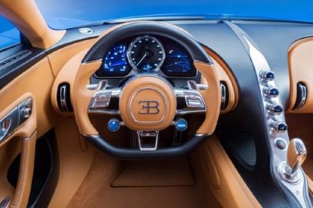 bugatti-chiron-201626248_2