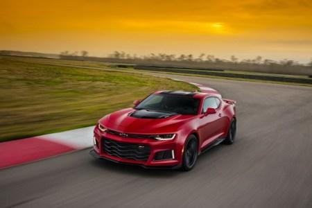 2017-Chevrolet-Camaro-ZL1-1