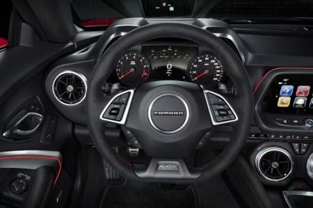 2017-Chevrolet-Camaro-ZL1-7