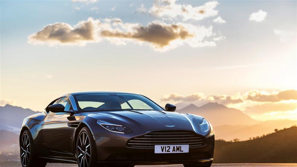 El Aston Martin DB11 V8 será un 1