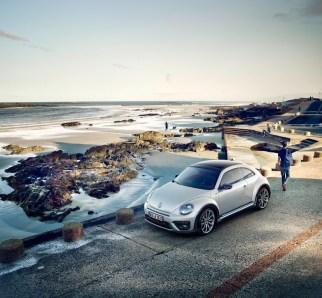 Volkswagen Beetle y Beetle Cabriolet 2017: Cambios estéticos para ganar presencia