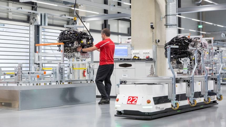 Así es la nueva fábrica de motores V8 de Porsche en Zuffenhausen (Alemania) 2