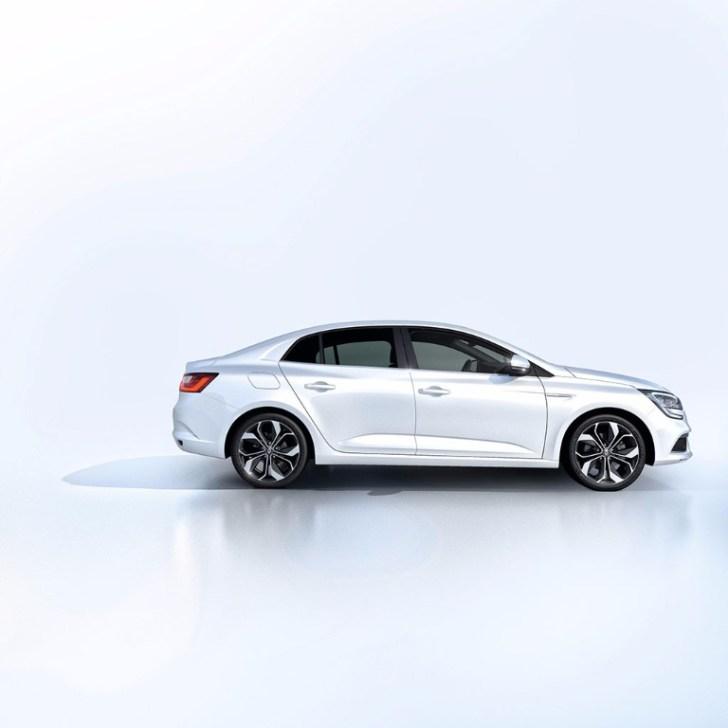 Renault Mégane Sedán 2017: Llega el eslabón anterior al Talisman