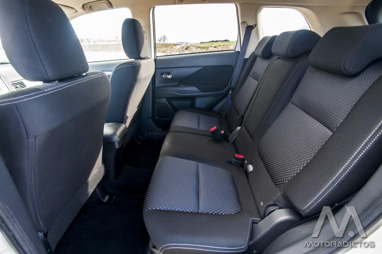 Prueba: Mitsubishi Outlander 220 DI-D 150 CV 2WD (diseño, habitáculo, mecánica) 21