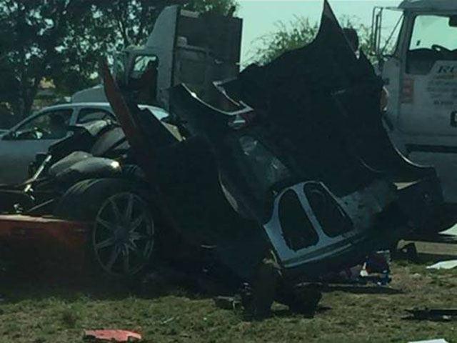 Espectacular accidente de un Koenigsegg CCX Custom Vision valorado en 1,2 millones de euros 1