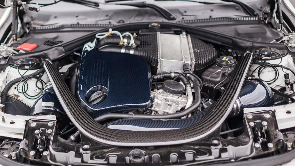 Carbonfiber Dynamics M4R: El BMW M4 de 710 CV con escape Akrapovic y cofre en el techo 1