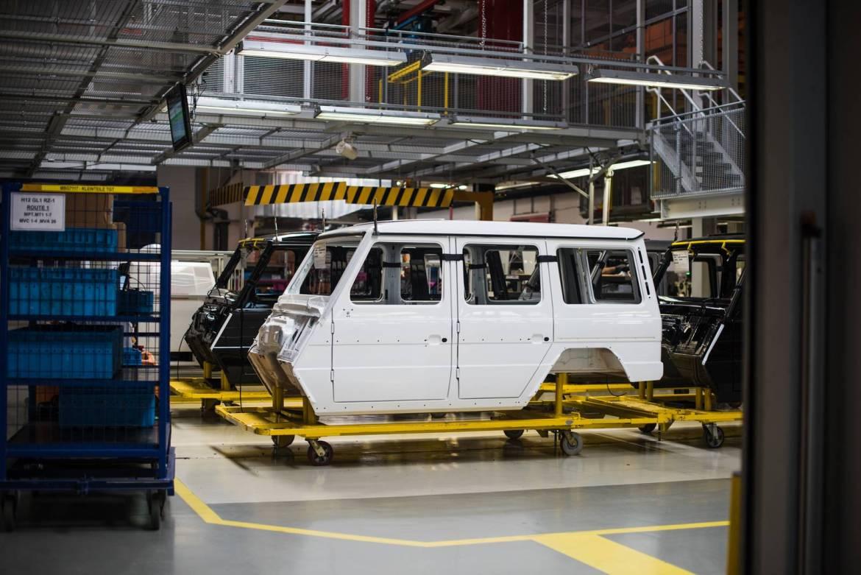 mercedes-benz-g-class-factory-1