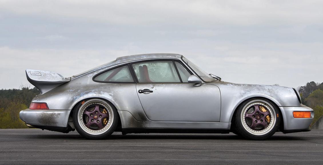 son-tiempos-para-especular-con-coches-sale-a-subasta-un-porsche-911-rsr-3-8-de-1993-con-10-kilometros-01