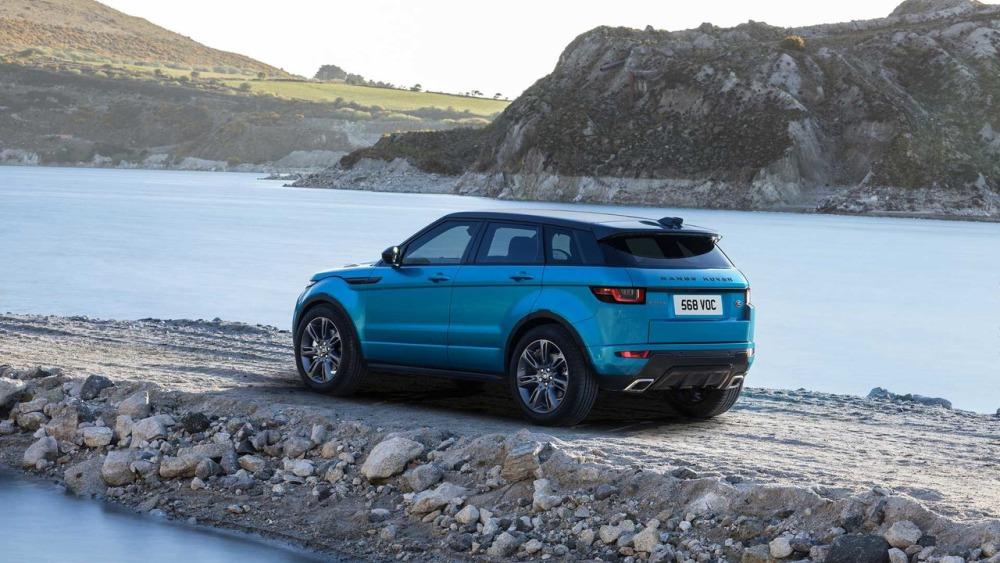Land Rover baraja lanzar una berlina, ¡todos los detalles!