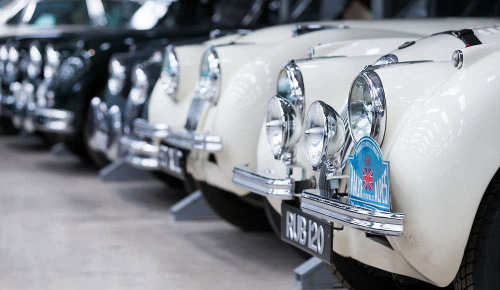 espectacular-asi-es-el-nuevo-talleres-de-clasicos-de-jaguar-land-rover-bautizado-como-classic-works-33